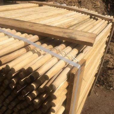 Machine Rounded Pointed Oak Stake