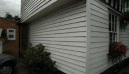 White Painted Whitewood Featheredge Cladding